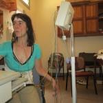 Sylvia met elektroden
