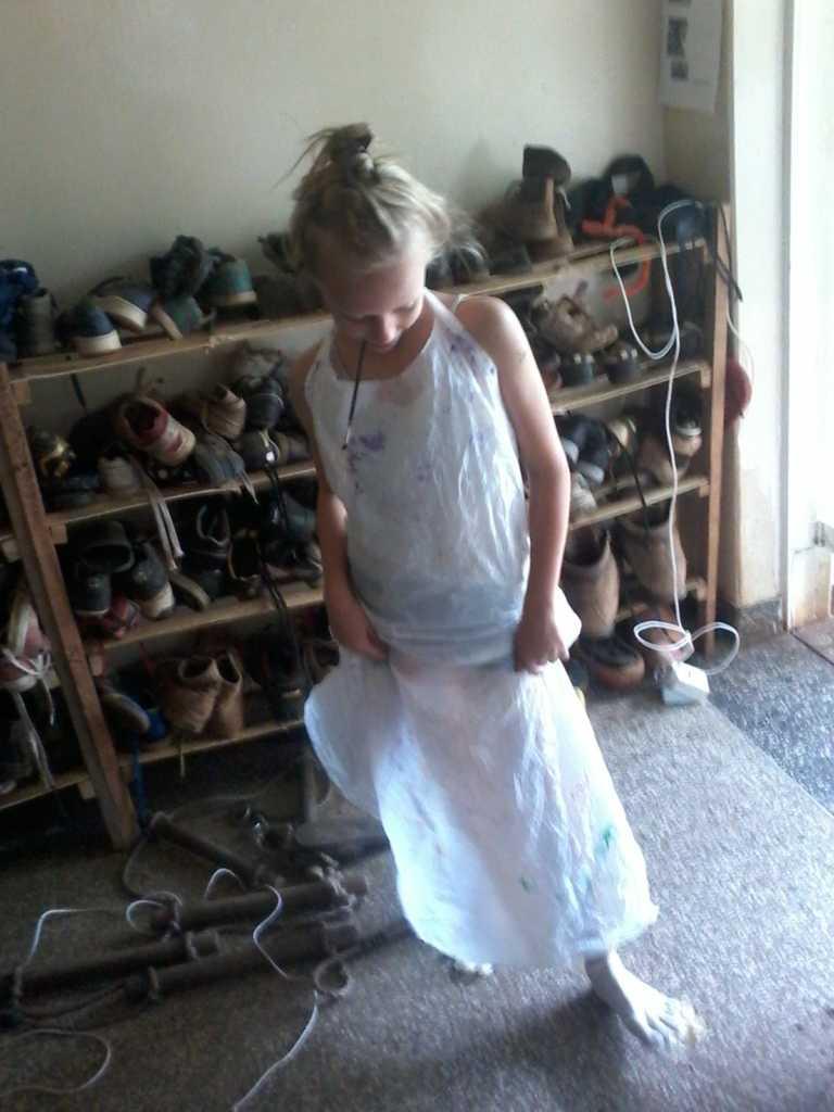 Doris met beschermde voeten